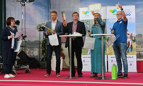Uusi puu Suomi Areenalla 11.7.2017