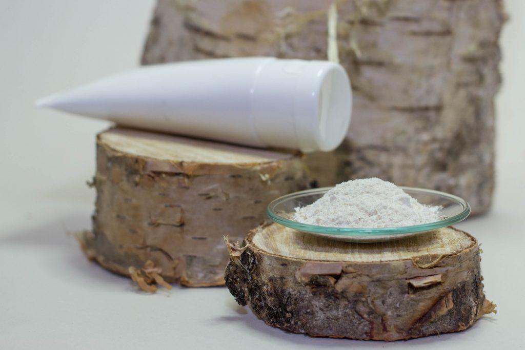kosmetiikan raaka-aineet koivukuoresta